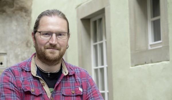 Friedemann Boy ist Sozialarbeiter und berät und betreut Menschen in der Fachberatungsstelle Crailsheim.