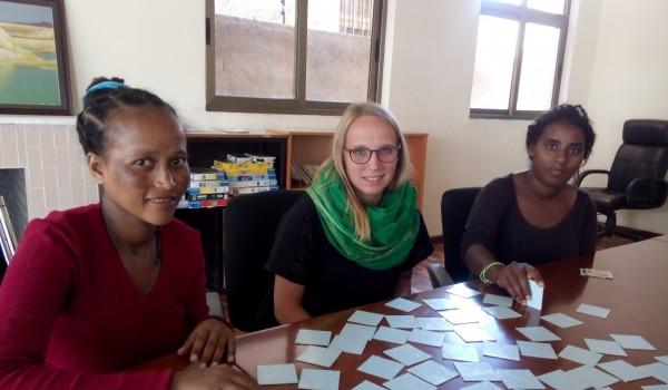 Erlacher Höhe Mitarbeiterin Lena Mekonnen ist für ihr Engagement für Frauen in Äthiopien ausgezeichnet worden.